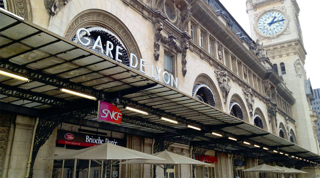 visiter la gare de lyon de paris horaires tarifs prix acc s. Black Bedroom Furniture Sets. Home Design Ideas